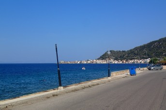 Mainland Greece, coast road