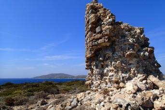 The ruined windmill at Agios Georgios point