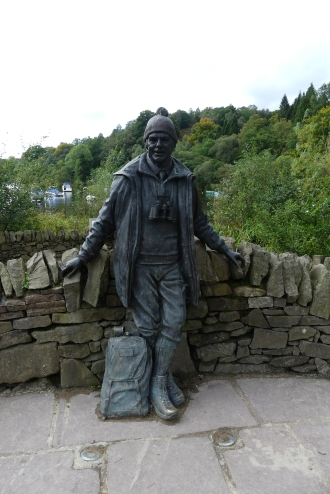 Tom Weir statue at Loch Lomond